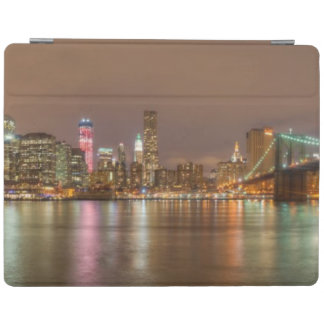 A panorama of the New York City skyline iPad Cover