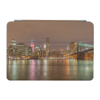 A panorama of the New York City skyline iPad Mini Cover