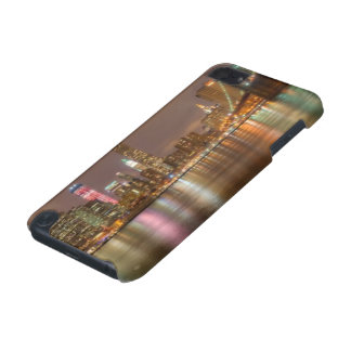 A panorama of the New York City skyline iPod Touch 5G Cover