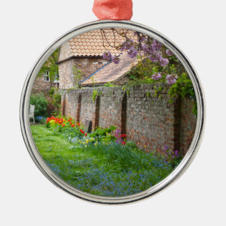 A peaceful corner Silver-Colored round decoration