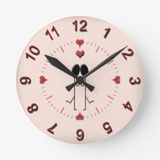 A Perfect Match Round Clock