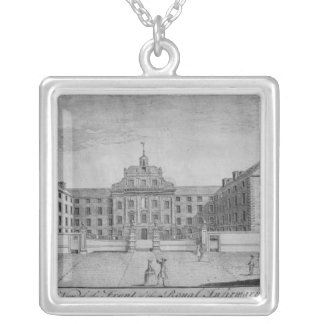 A Perspective View of the Front of the Royal Silver Plated Necklace