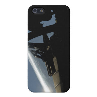 A pilot prepares for take-off iPhone 5/5S case