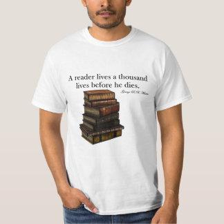 A reader lives... T-Shirt