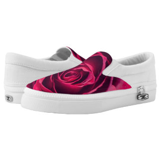 A red rose printed shoes