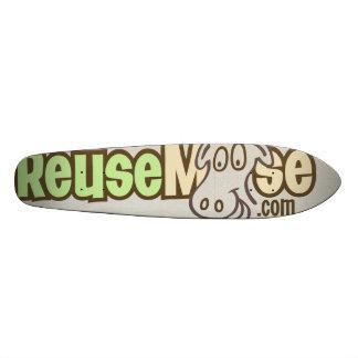 A ReuseMoose Skateboard