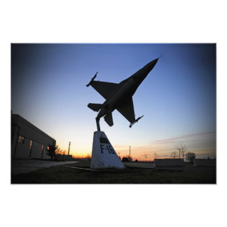 A scale model of an F-16 C Fighting Falcon Photo Print
