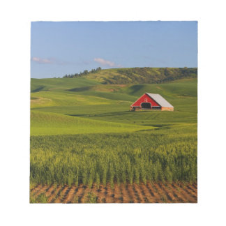 A scenic view of a barn in Moscow Idaho. Notepad