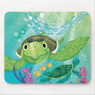 A Sea Turtle Rescue Mouse Mat