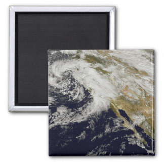 A series of strong storms with fierce winds 2 magnet
