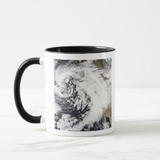 A series of strong storms with fierce winds mug