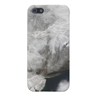 A severe winter storm cases for iPhone 5