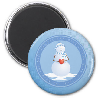 A Snowman With Heart 6 Cm Round Magnet