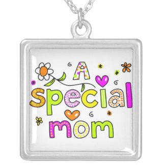 A Special Mom Necklace