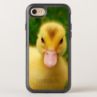 A Tiny Duckling With A Pink Beak OtterBox Symmetry iPhone 8/7 Case