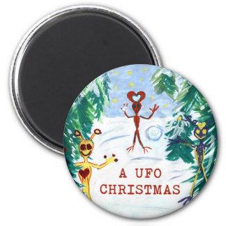 A UFO Christmas 6 Cm Round Magnet