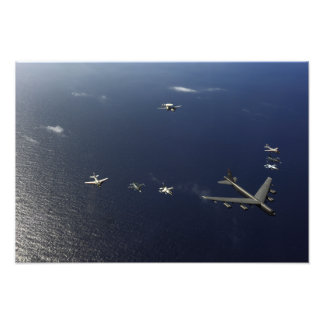 A US Air Force B-52 Stratofortress aircraft 2 Photo Print