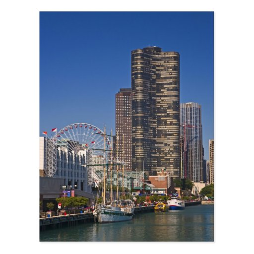 A view of Chicago's Navy Pier Post Cards
