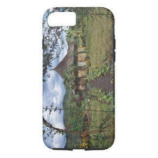 A village in the Highlands, Goroka, Papua New iPhone 8/7 Case