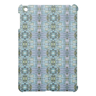 Abalone Blue Speck® Fitted™Hard Shell iPad Case