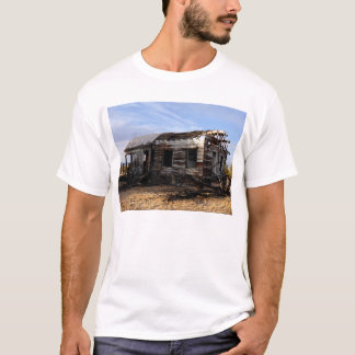 Abandoned House In Kelso California T-Shirt