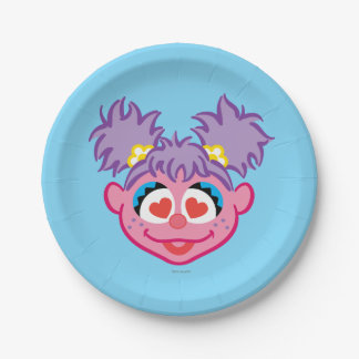 Abby Smiling Face with Heart-Shaped Eyes 7 Inch Paper Plate