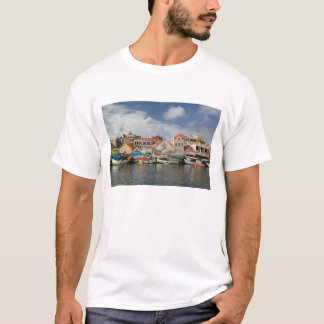 ABC Islands, CURACAO, Willemstad: Punda, T-Shirt