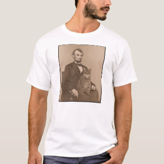 """Abraham Lincoln and his cat """"Gloria"""" 2 T-Shirt"""