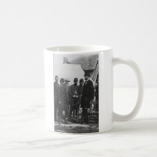 Abraham Lincoln on Battlefield at Antietam Coffee Mug
