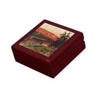 "Abrahamsson's ""Evening Sun"" gift / jewelry box"