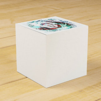 Abstract Red and Green Patterned Favour Box