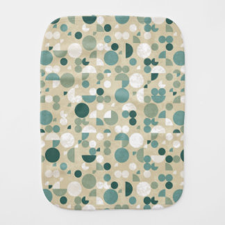 Abstract retro pattern burp cloth
