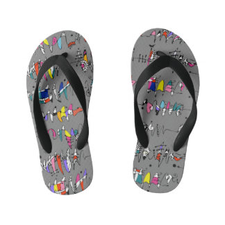 Abstraction from undulating lines kid's flip flops