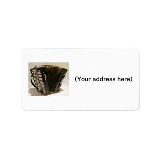 Accordion address labels