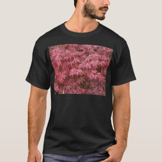 acer palmatum leaves T-Shirt