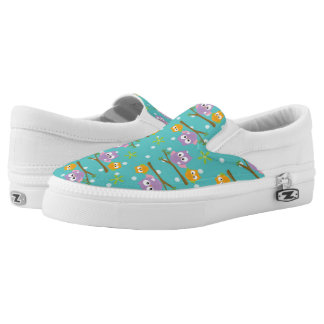 Adorable Cartoon Style Owls on Branch Print Slip-On Shoes