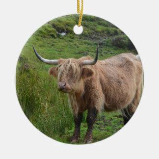 Adorable Highland Cow Round Ceramic Decoration