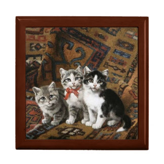 Adorable Kittens Golden Oak Gift Box