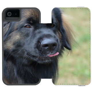 Adorable Leonberger Incipio Watson™ iPhone 5 Wallet Case