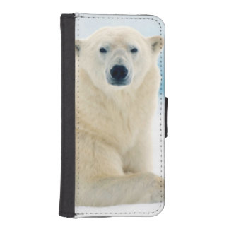 Adult polar bear large boar on the summer ice iPhone SE/5/5s wallet case