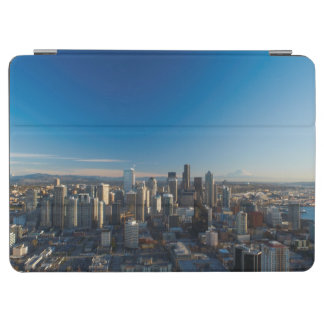 Aerial view of Seattle city skyline iPad Air Cover