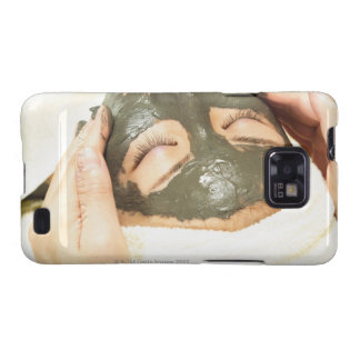 Aesthetician Who Rubs Mud Pack on Womans Face, Galaxy SII Case