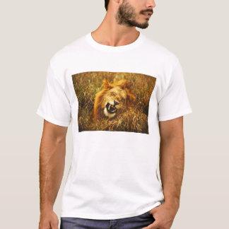Africa, Kenya, Maasai Mara. Male lion. Wild T-Shirt