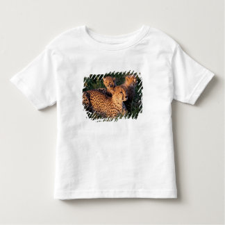 Africa, Kenya, Masai Mara Game Reserve. Cheetah 2 Toddler T-Shirt