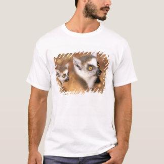 Africa, Madagascar, Berenty Private Reserve. T-Shirt