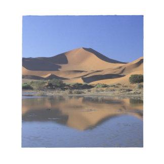 Africa, Namibia, Namib National Park, Sossusvlei 2 Notepad