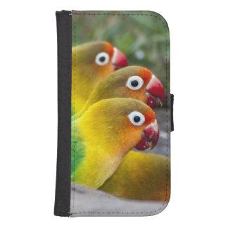 Africa. Tanzania. Fischer's Lovebirds drinking Samsung S4 Wallet Case