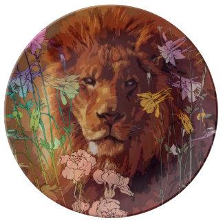 """African lion 10.75"""" Decorative Porcelain Plate"""