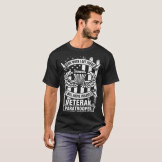 airborne 82nd airborne paratrooper airborne arm T-Shirt