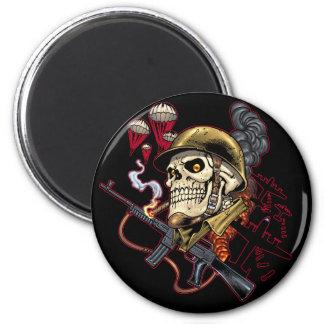 Airborne or Marine Paratrooper Skull with Helmet 6 Cm Round Magnet